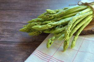 Asparagus Vegetables Food  - Peggychoucair / Pixabay